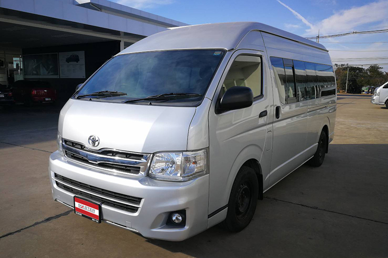 2012 Toyota Commuter