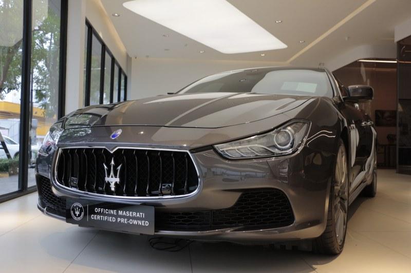 2000 Maserati Ghibli