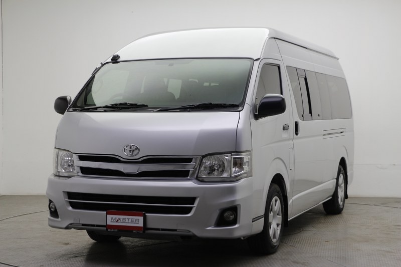 2009 Toyota Commuter