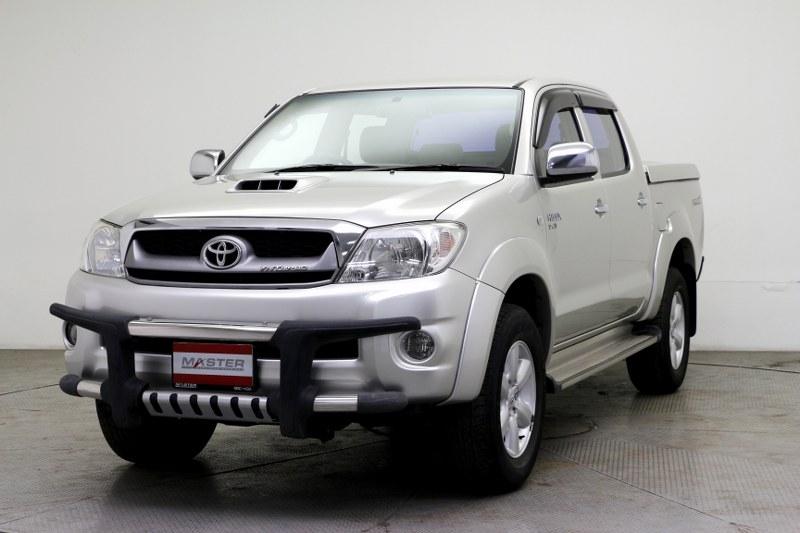 2011 Toyota HILUX VIGO