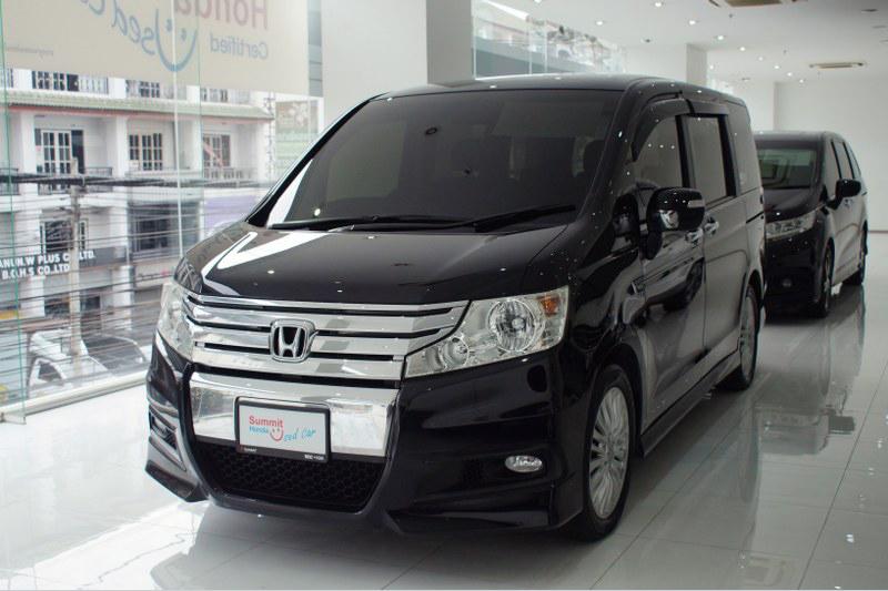 2013 Honda STEPWAGON