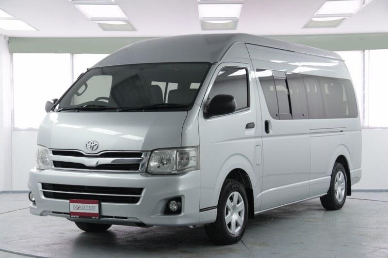2013 Toyota Commuter