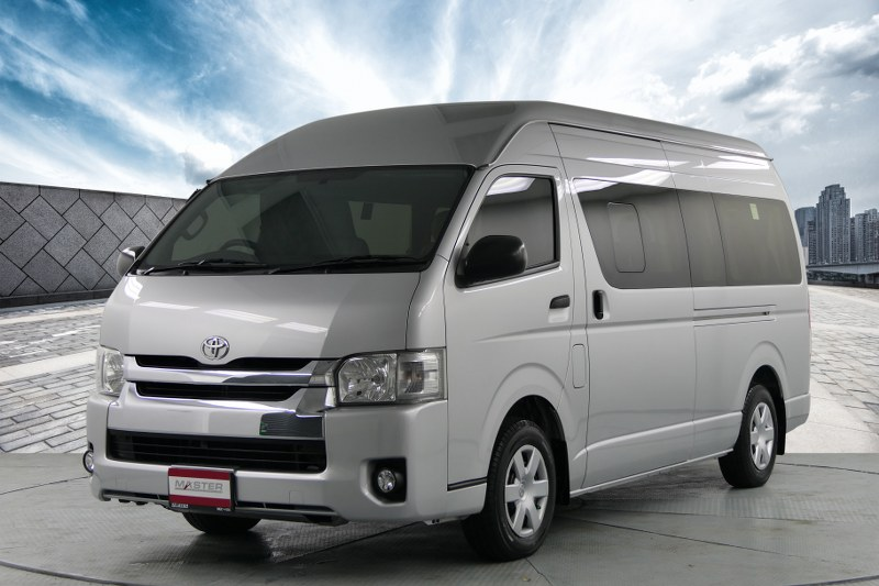2016 Toyota Commuter