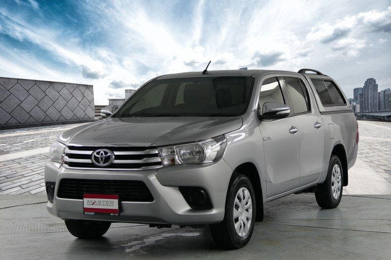 2017 Toyota HILUX REVO