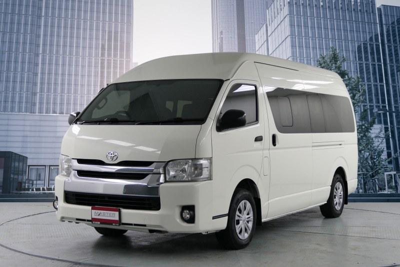 2017 Toyota Commuter