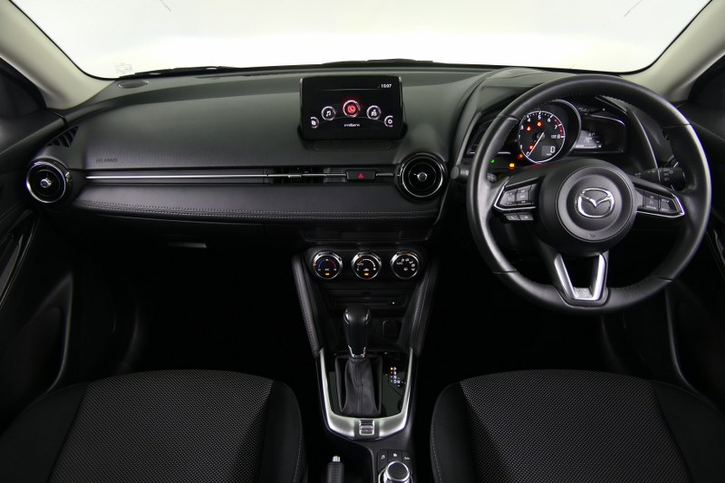 MAZDA 2 1.3 Sport High Connect